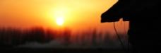 夕阳屋檐图片