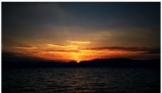 抚仙湖夕阳图片