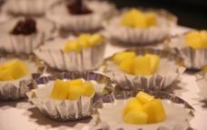 芒果椰汁糕图片