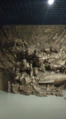 革命烈士雕塑图片