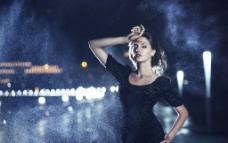 性感黑裙子美女图片