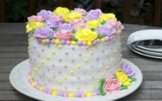 花卉奶油蛋糕图片