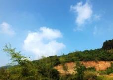 山上白云图片