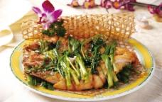 香葱烤鲈鱼图片