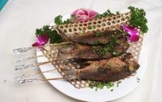 串酥烤鯽魚圖片