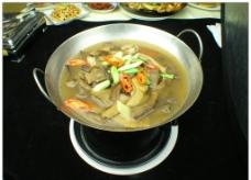 锅仔牛肝菌图片