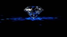 旋转着的璀璨钻石高清动态素材