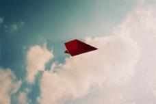 飞舞的纸飞机